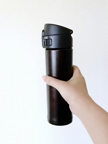 水道水が入った水筒