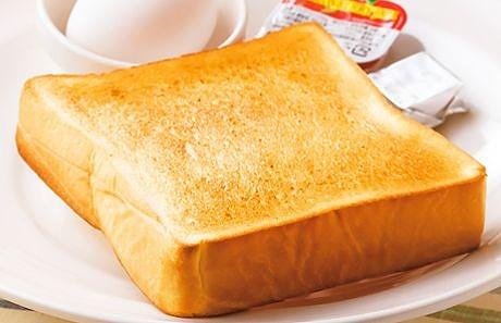 モーニングメニューのトースト