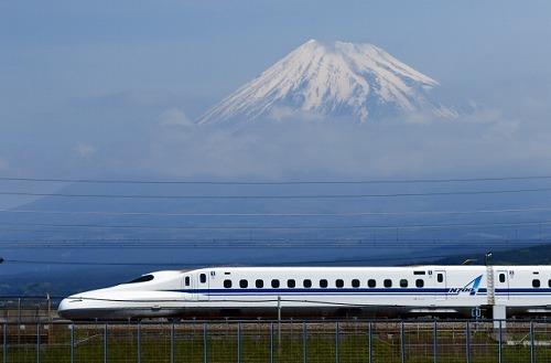 格安で乗れる新幹線